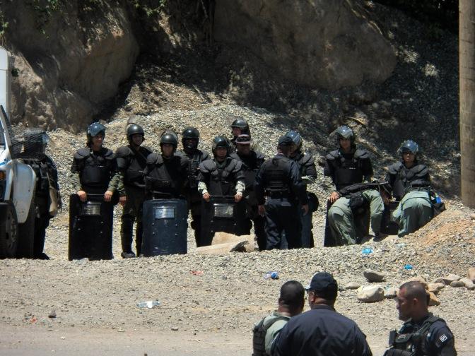 Juan Carlos Varela reprime al Pueblo Ngäbe Bugle (Barro Blanco)