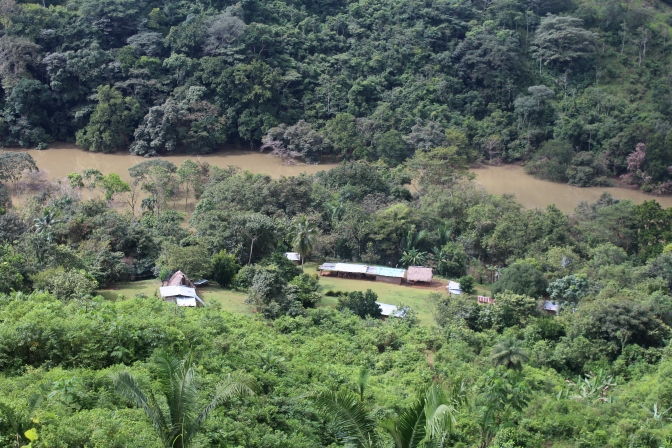 Barro Blanco continua quitando tierras a la comarca Ngäbe Bugle